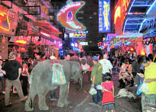 Soi Cowboy at night